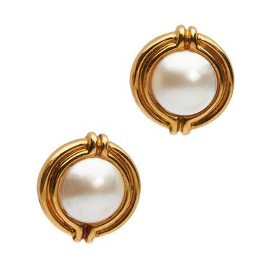 Lot 30 - A pair of mabé pearl earrings, by Tiffany & Co
