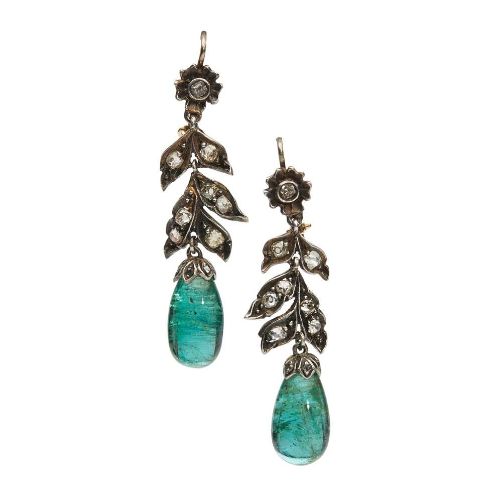 Lot 68 - A pair of emerald and diamond pendent earrings