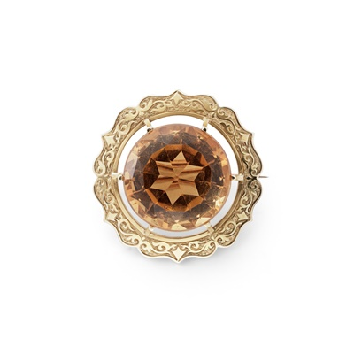 Lot 106 - A RARE NATIVE SCOTTISH GOLD AND CAIRNGORM BROOCH