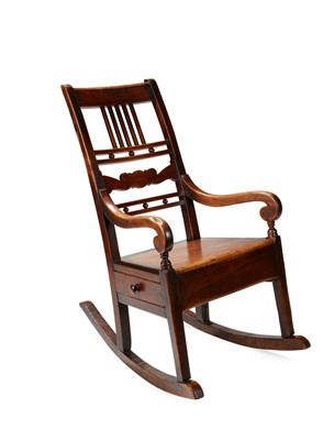 Lot 33 - A SCOTTISH PROVINCIAL ROCKING CHAIR