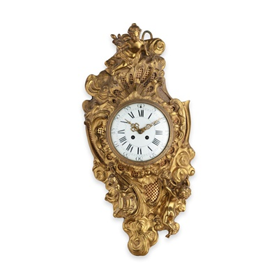 Lot 478 - FRENCH ROCOCO STYLE GILT METAL CARTEL CLOCK