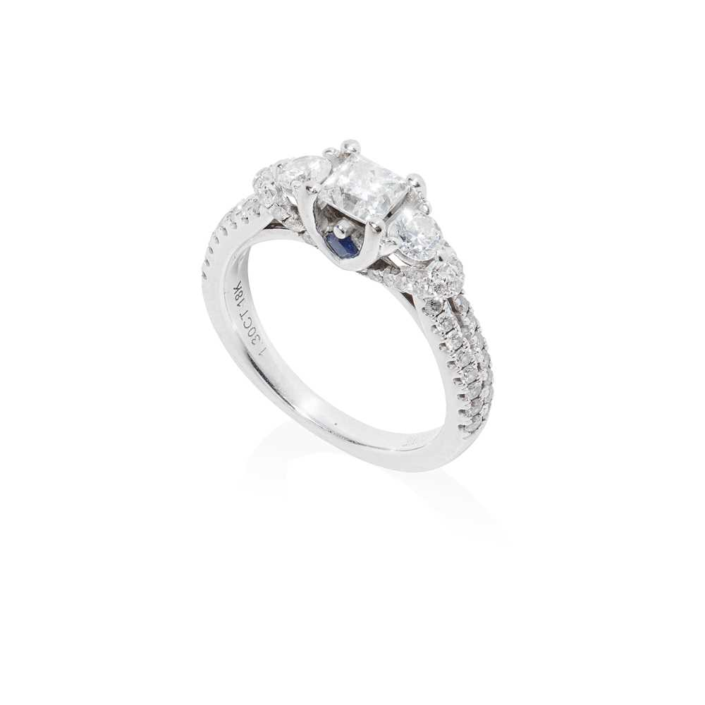 Lot 87 - A three-stone diamond ring, by Vera Wang