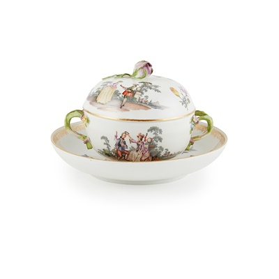 Lot 400 - MEISSEN ÉCUELLE AND COVER WITH AN ASSOCIATED STAND