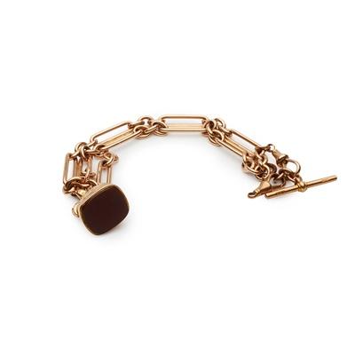 Lot 157 - A 9ct gold bracelet