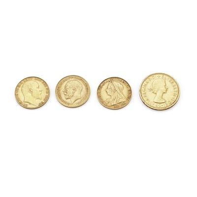 Lot 323 - G.B - Three half sovereigns