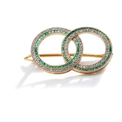 Lot 6 - An emerald and diamond brooch, circa 1910