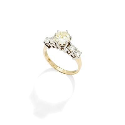 Lot 23 - A diamond ring