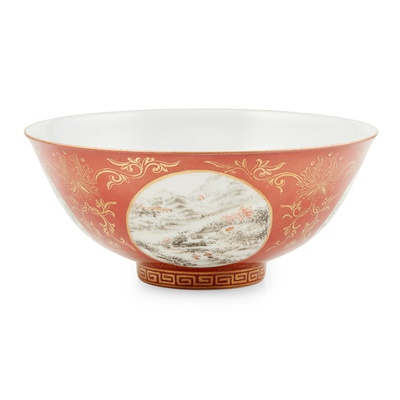 Lot 165 - CORAL-GROUND GRISAILLE-PAINTED BOWL