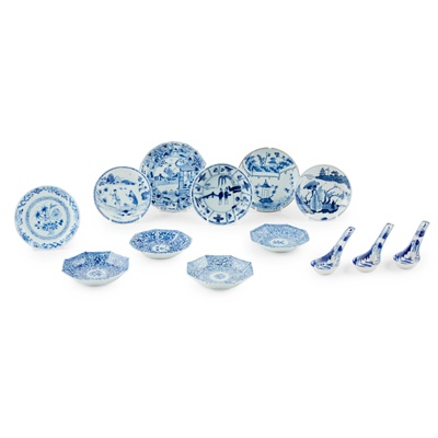 Lot 147 - GROUP OF THIRTEEN BLUE AND WHITE WARES