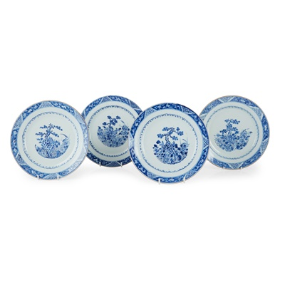 Lot 141 - GROUP OF FOUR BLUE AND WHITE PLATES