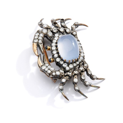 Lot 4 - A late 19th century chalcedony and diamond crab brooch