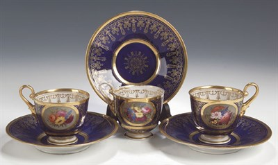 Lot 86 - A set of three Flight Barr and Barr Worcester...