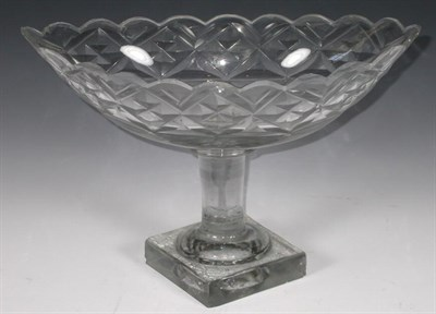 Lot 51 - A Regency sweetmeat dish, the oval scalloped...