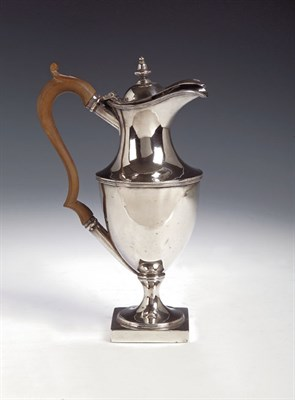 Lot 33 - A George III silver teapot, with marks for...