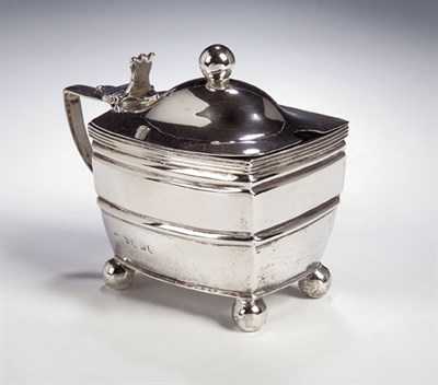 Lot 32 - A George III parcel gilt silver mustard pot,...